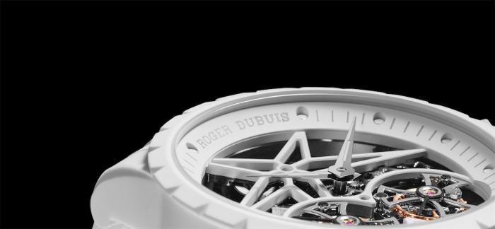 罗杰杜彼公布创新的Excalibur Twofold腕表