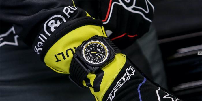 与Renault车队一起热血:柏莱士Bell & Ross R.S.20系列腕表