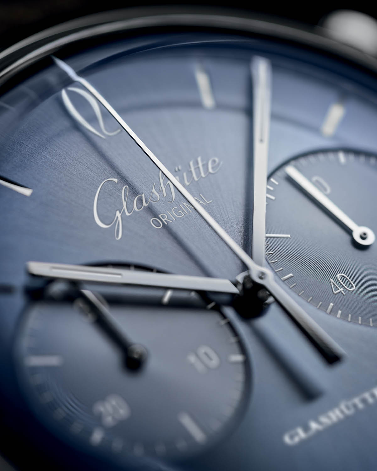 Glashutte-Original-Sixties-and-Sixities-Chronograph-Annual-Edition-2020-Glacier-Blue-1.jpg