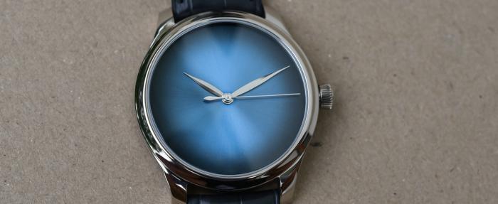 亨利慕时Endeavour勇创者系列大三针电光蓝概念腕表——简单即复杂