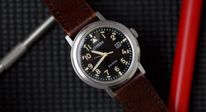 西铁城AW1620 Eco-Drive腕表——超便宜的飞行员手表