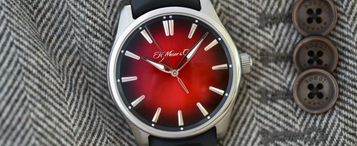 亨利慕时开拓者系列Swiss Mad Red大三针腕表——嘲讽之红再现