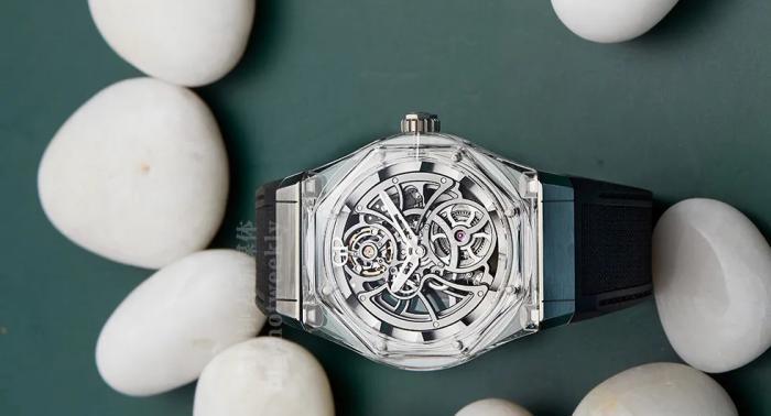 GP芝柏Laureato Absolute Light,镂空又透明,满足你的想象空间 丨 大腕钟表原创