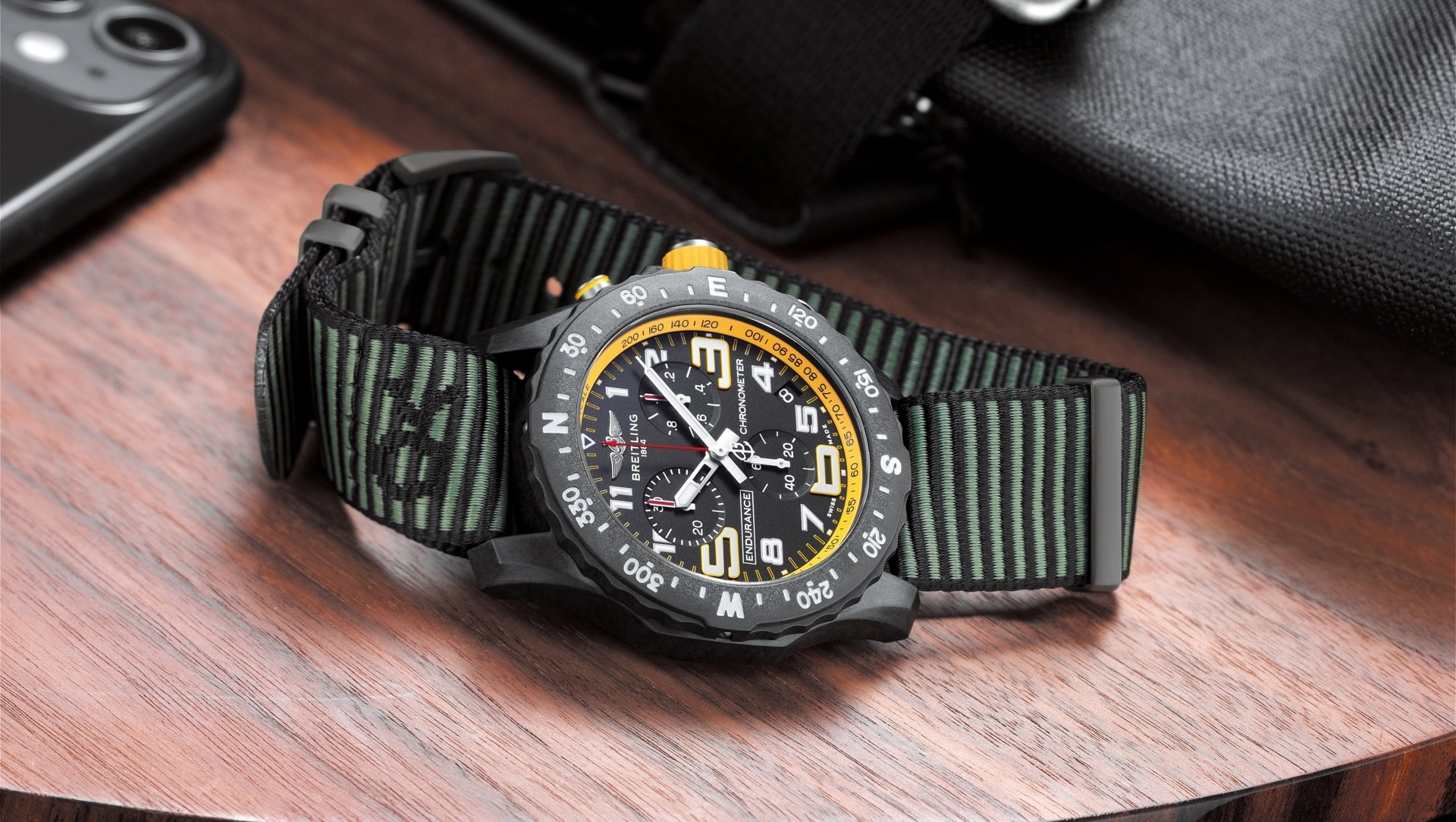 06_endurance-pro-with-a-yellow-inner-bezel-and-green-outerknown-econyl-yarn-nato-strap.jpg