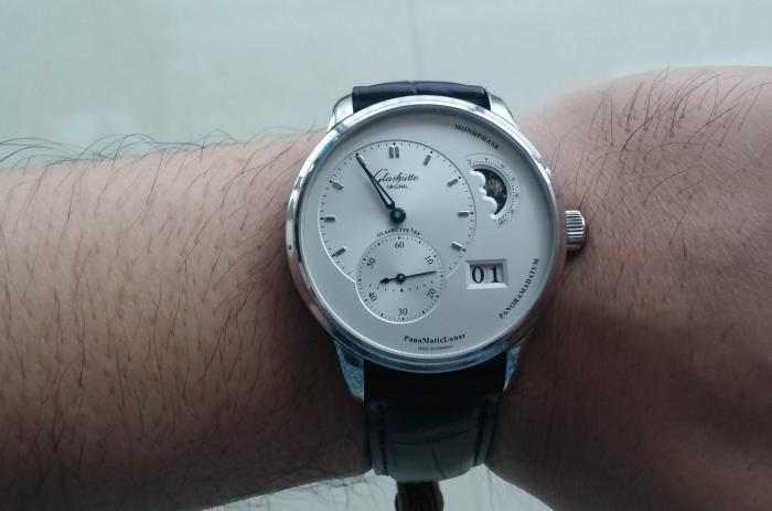 选择顶级大牌手表,雅克德罗和格拉苏蒂原创都不能错过