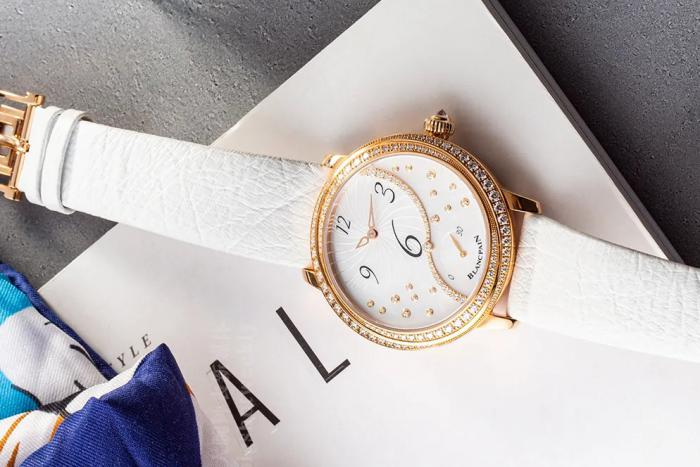 这枚宝珀女装系列偏心小秒针逆跳腕表3650A,是否挑动了你? 丨 大腕钟表新媒体