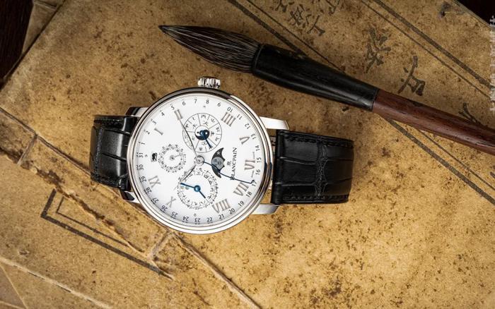 我们的宝珀V系列中华年历腕表00888,怎么看都不会腻 丨 大腕钟表新媒体