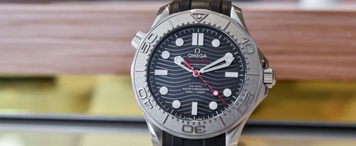 欧米茄海马系列Diver 300M Nekton特别版腕表——《007之海洋环境保护很重要》