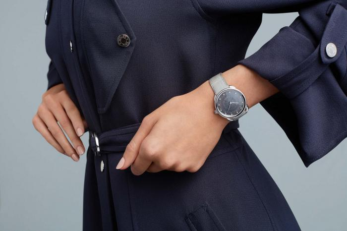 Hermès 推出 Arceau Soleil 女表:渐变色与太阳刻纹