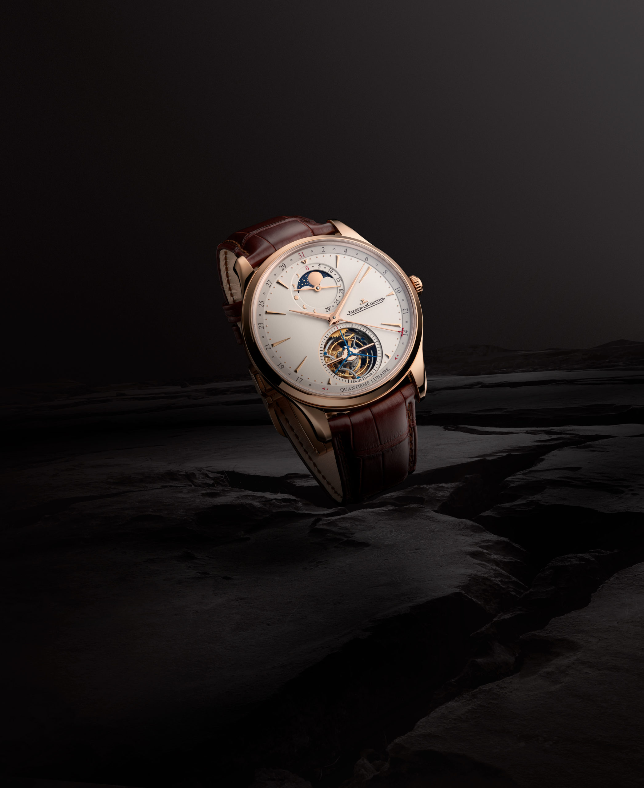 jlc-master-ut-tourbillonmoon2-scaled.jpg