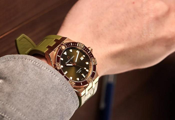 艾美青铜小皇橡,一表两带的青铜帅表,上手不太想摘下来,怎么办? 丨 大腕钟表新媒体