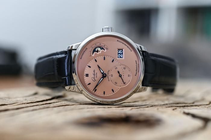 作为新年礼物,10万以内的手表,有哪些可以参考?