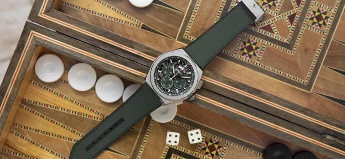 真力时推出全绿配色的DEFY EL PRIMERO 21 DUBAI MALL特别款腕表