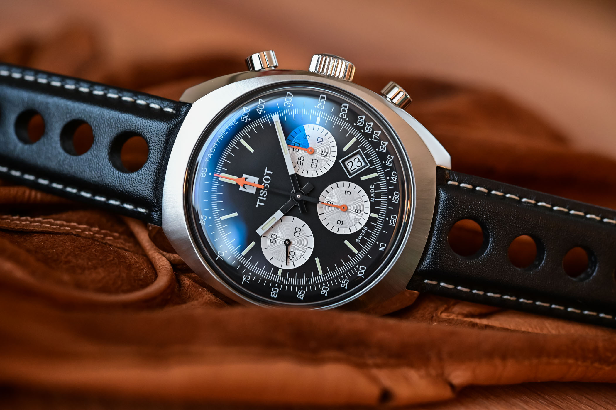 tissot-heritage-1973-chronograph-T124.427.16.051.00-review-7.jpg