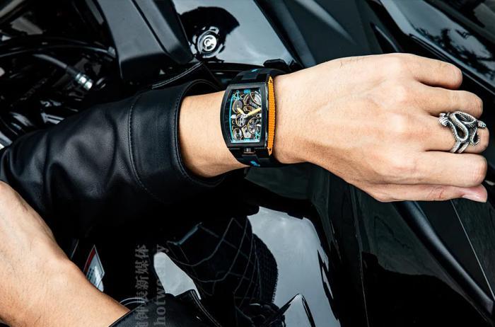 昆仑表CORUM Lab 01腕表,藍橙CP,最舒服的视觉刺激力 丨 大腕钟表新媒体