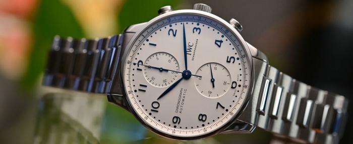 换上金属链,气质大变样的5款腕表