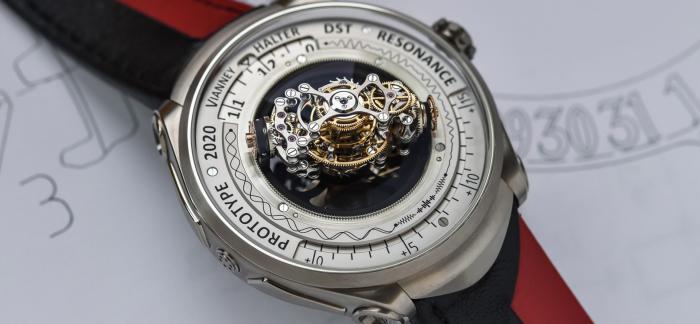 500多万的共振三轴陀飞轮腕表,卖出一块儿吃三年!
