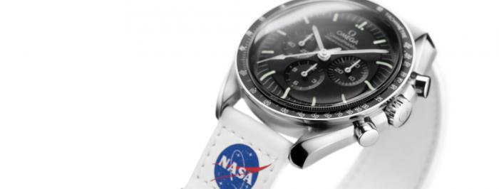 2021年欧米茄新款:超霸月球表Velcro表带