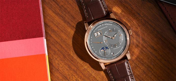 朗格推出全新LANGE 1万年历腕表