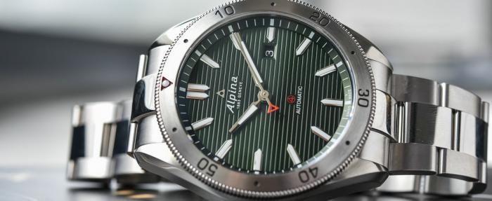 艾沛勒Alpina Alpiner4系列自动腕表——运动风与金属感的碰撞