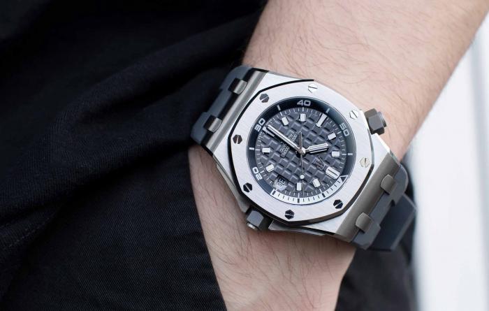 夏天来了,天气热了,适合佩戴哪些手表?