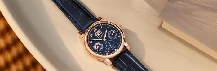 朗格LANGEMATIK朗格自动上链万年历腕表搭配蓝色表盘的限量周年纪念款