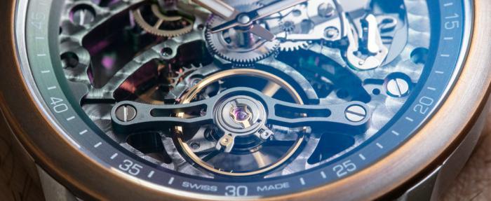 蕾蒙威Freelancer系列Calibre RW1212镂空腕表——越裸,越高级