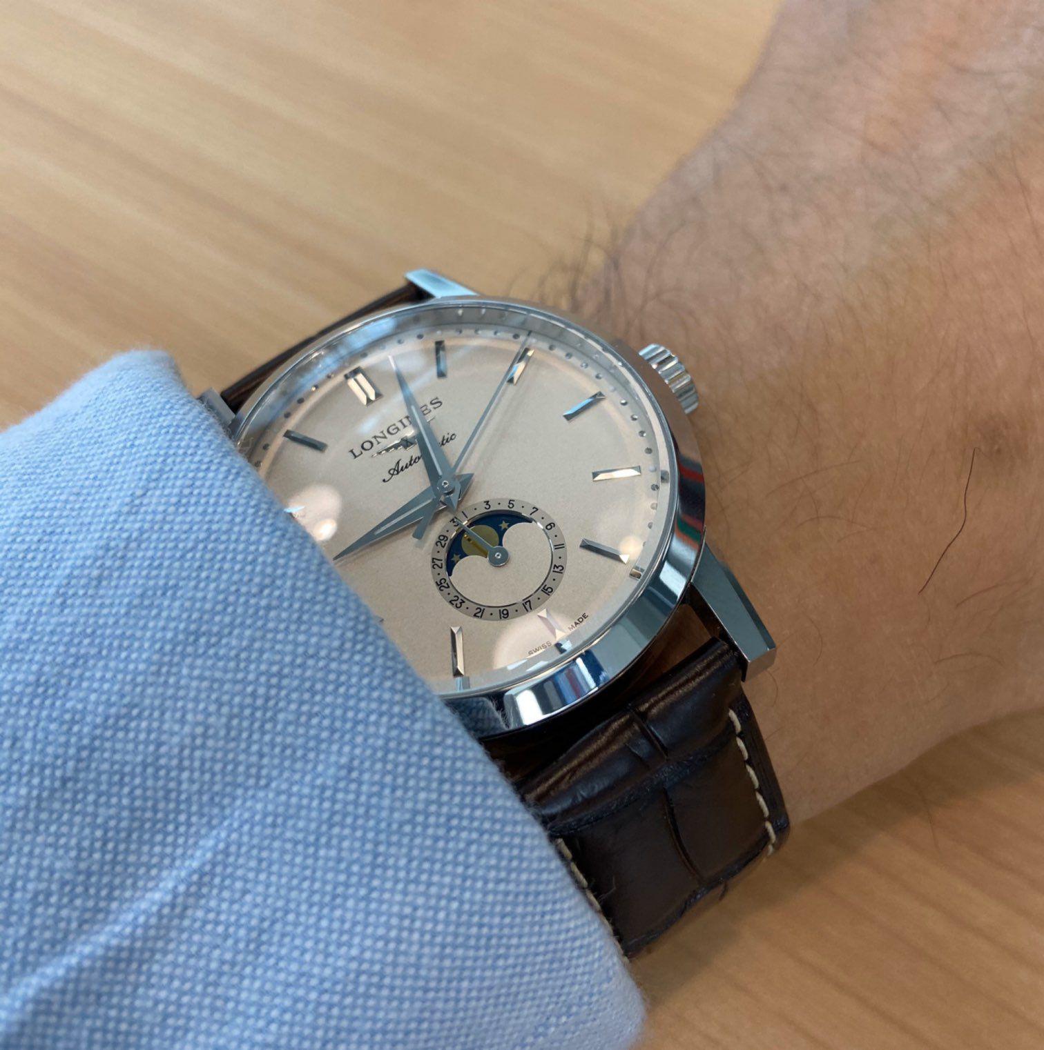 时间的长河漫无生息地流过。那么多的钟表,应该以哪个时间为准?...