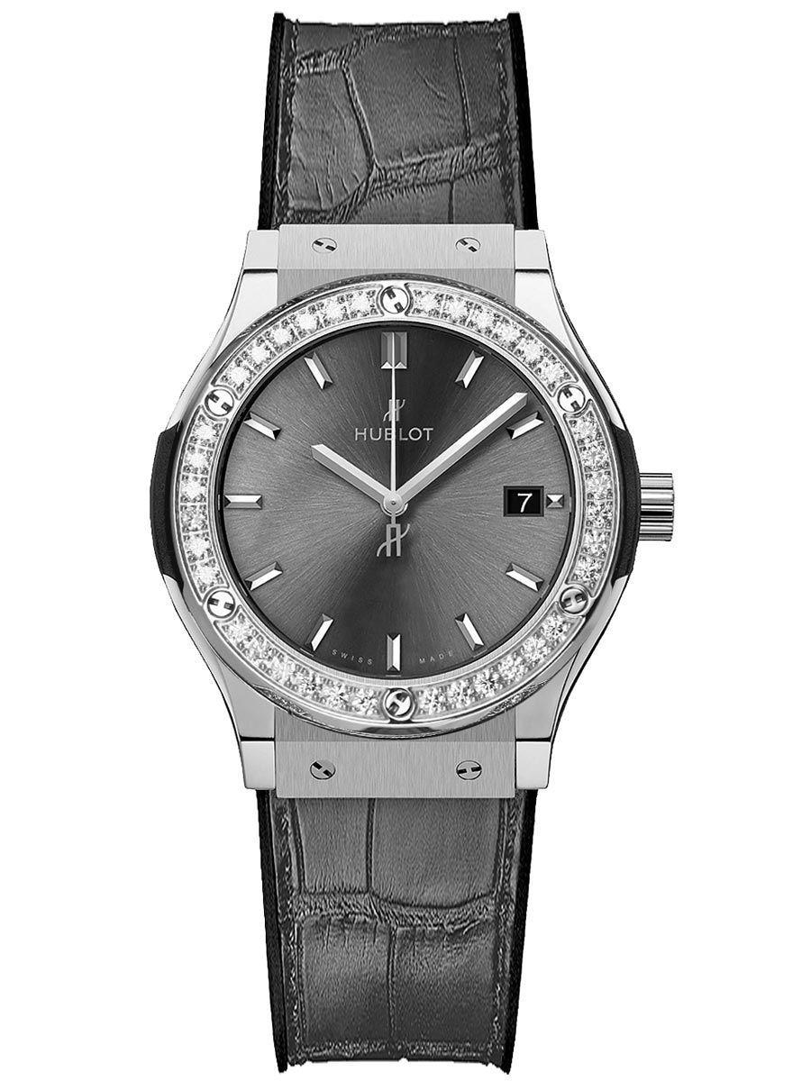 宇舶经典融合竞速灰钛金镶钻石英腕表581.nx.7071.lr.1104