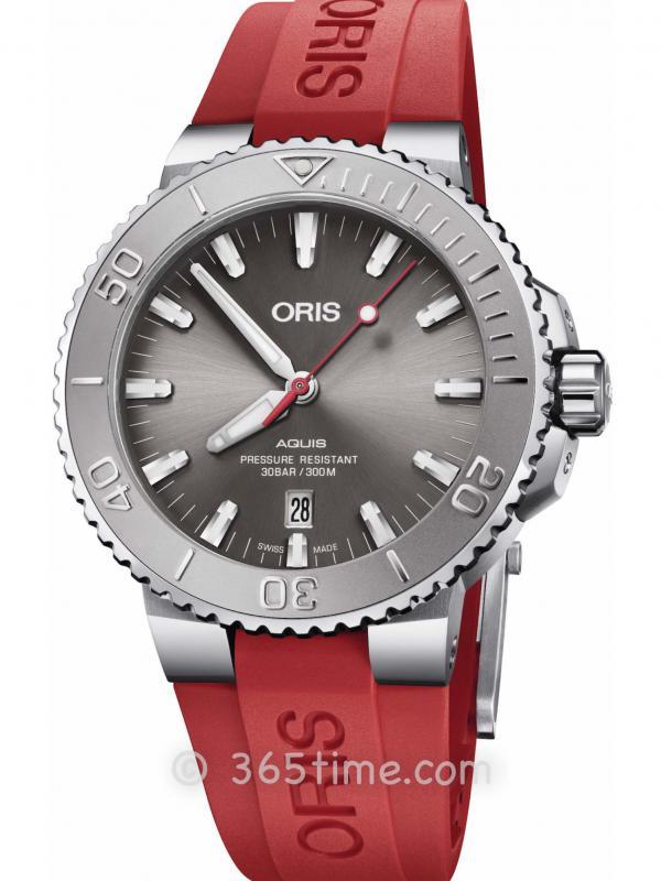 Oris豪利时潜水系列AQUIS日历腕表01 733 7730 4153-07 4 24 66EB