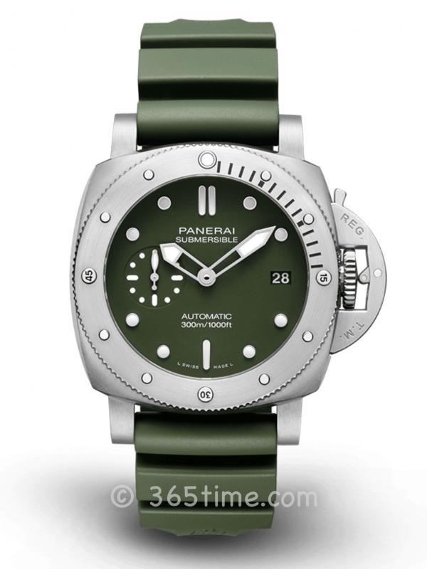 沛纳海SUBMERSIBLE潜行军绿色限量PAM01055