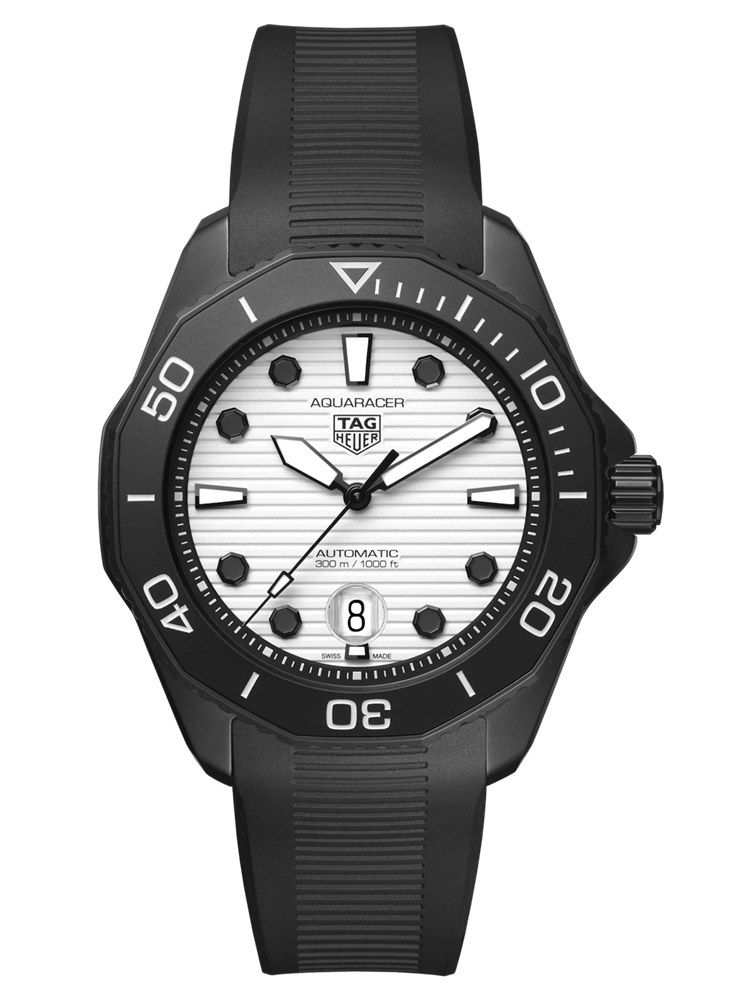 泰格豪雅竞潜Professional 300 Night DiverWBP201D.FT6197
