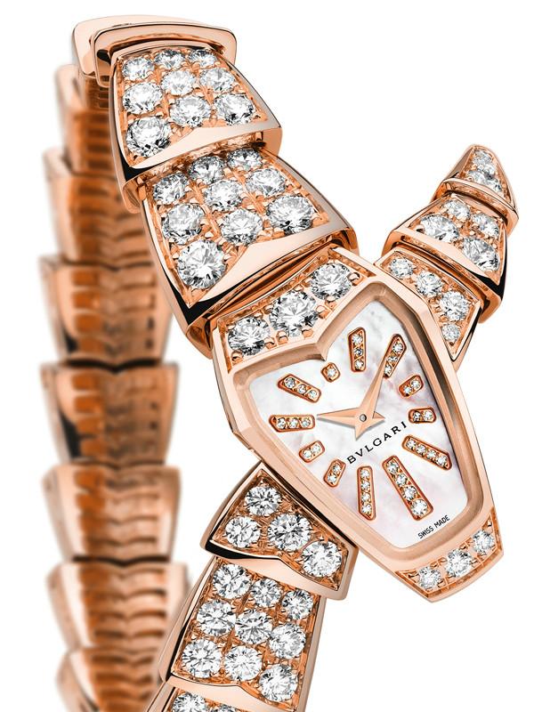 宝格丽Serpenti系列高级珠宝玫瑰金镶钻粉色珍珠母贝表盘款
