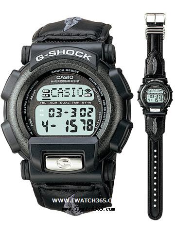 CASIO卡西欧G-SHOCK系列DW-003RB-1T