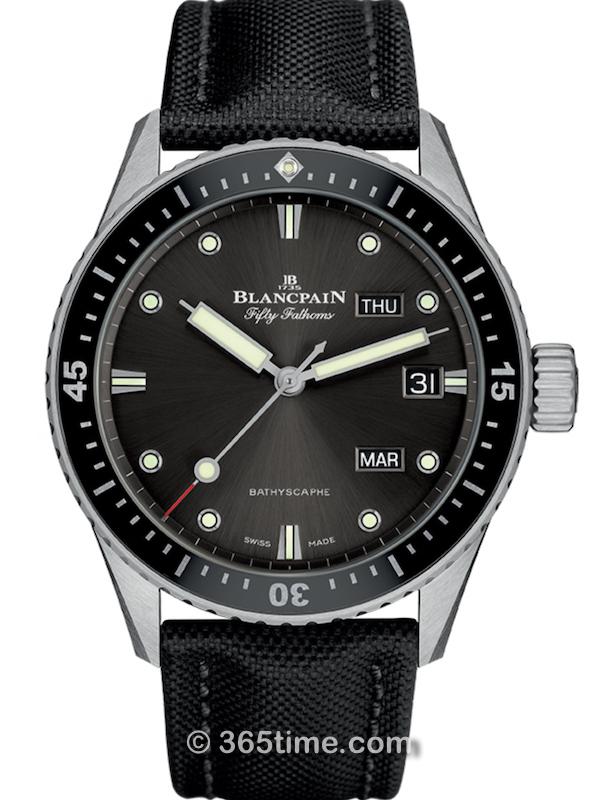 宝珀五十噚系列深潜器Bathyscaphe年历腕表5071-1110-B52A